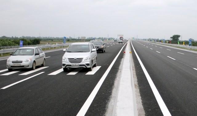 Cao tốc hiện đại nhất Việt Nam có 6 làn xe, tốc độ tối đa cho phép là 120km/h