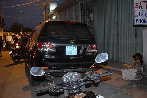 Chiếc xe gây tai nạn của ông Trần Quang Hùng (Ảnh: Tuổi trẻ)