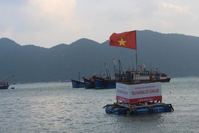 Vịnh Vũng Rô với con tàu không số và đường Hồ Chí Minh trên biển huyền thoại