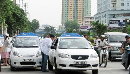 Hà Nội hiện có hơn 80 doanh nghiệp taxi