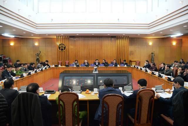 Chủ tịch UBND TP Hà Nội cho biết, mỗi tháng tập thể lãnh đạo UBND TP sẽ giao ban 1 lần với lãnh đạo các sở, ban, ngành