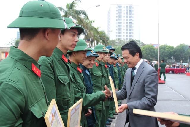 90 thanh niên quận Ba Đình lên đường nhập ngũ ảnh 3