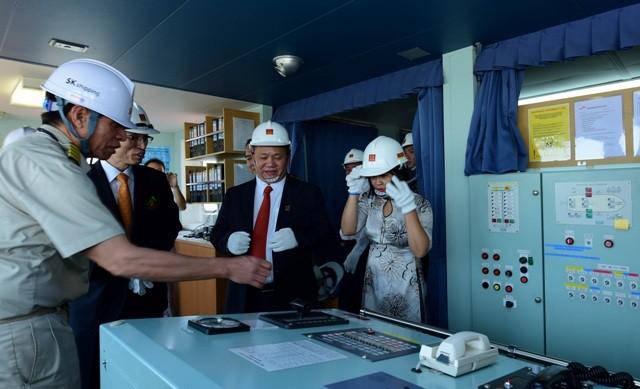 Ông Lê Phước Vũ, Chủ tịch Hội đồng quản trị Tập đoàn Hoa Sen cho biết, lô hàng có giá trị khoảng 10 triệu USD