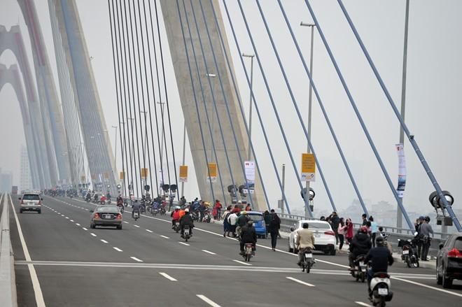 Tổng cục Đường bộ Việt Nam đề nghị Sở GTVT Hà Nội tổ chức lại giao thông tuyến Nhật Tân- Nội Bài và QL5 đoạn qua Hà Nội