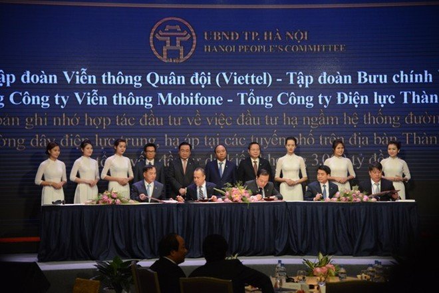 Lãnh đạo TP Hà Nội ký kết hợp tác với các Tập đoàn viễn thông lớn tại Việt Nam