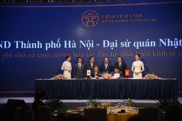 Lãnh đạo TP Hà Nội ký kết hợp tác với Đại diện Đại sứ quán Nhật Bản tại Việt Nam