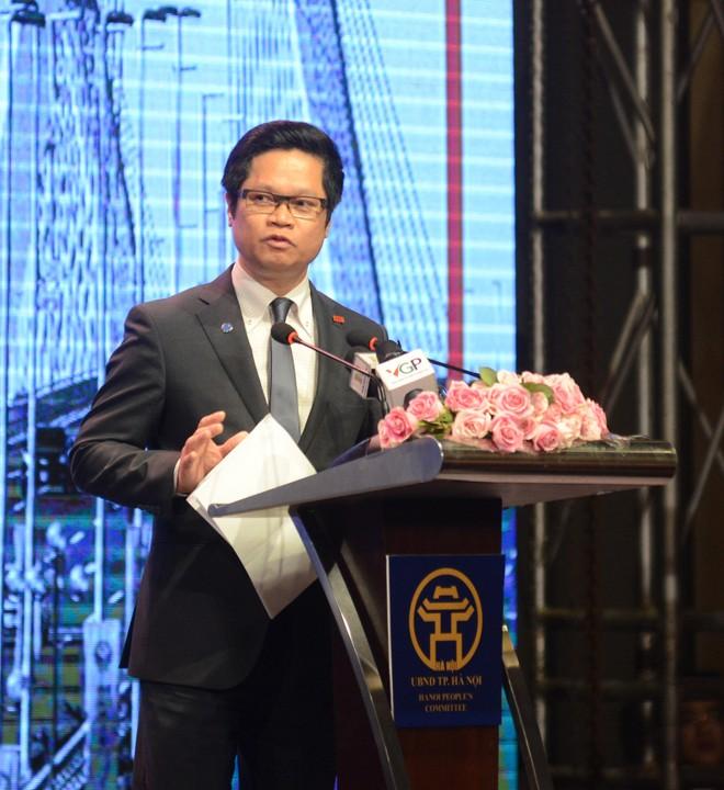 """Ông Vũ Tiến Lộc, Chủ tịch VCCI Việt Nam: """"Giảm thủ tục hành chính, minh bạch trong mọi thủ tục, giảm thanh kiểm tra chồng chéo""""."""