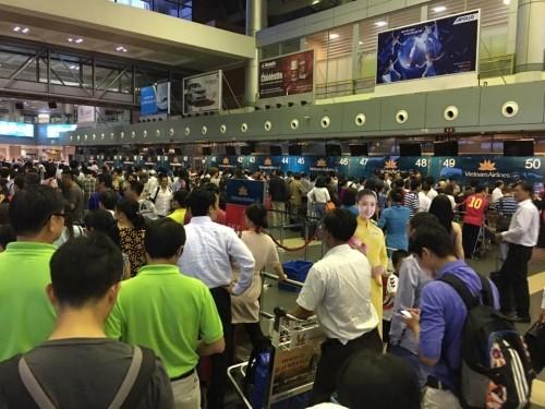 Dự kiến trong chiều 30/7, hệ thống thông tin tại Tân Sơn Nhất và Nội Bài mới hoạt động ổn định trở lại
