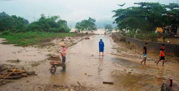 Nhiều xã thuộc huyện Bát Xát đang bị cô lập do lũ