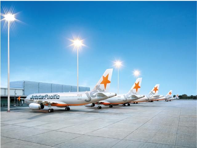 """Khoảng 800 vé máy bay giá rẻ """"bất thường"""" đã được bán ra do sự cố lỗi trên 1 hệ thống bán vé của Jetstar Pacific"""