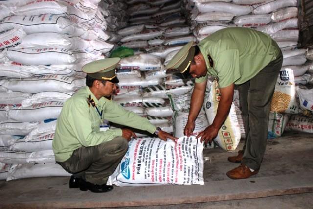 Nhiều công ty phân bón, cung cấp vật tư nông nghiệp bị xử phạt lên tới hàng trăm triệu đồng