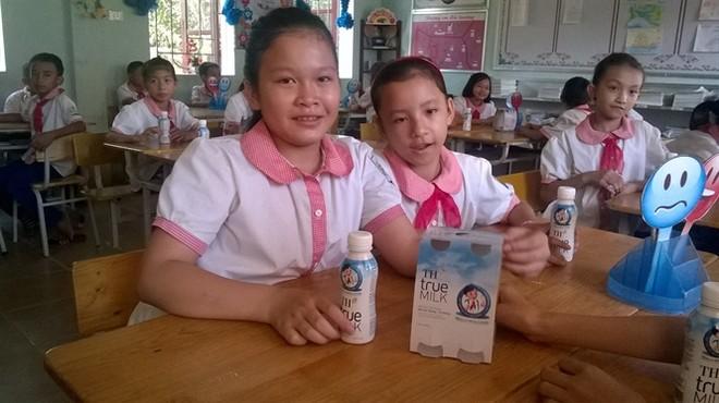 Chương trình sữa học đường đưa ra mục tiêu, đến năm 2020 có 100% trẻ em mẫu giáo, tiểu học ở huyện nghèo được uống sữa