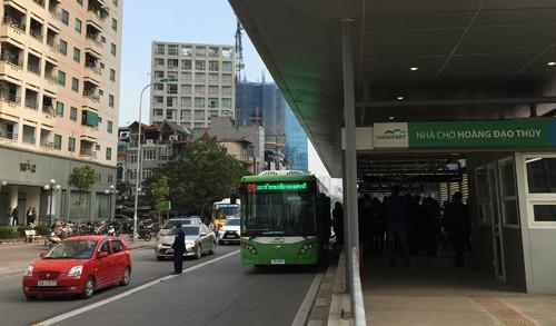 Buýt nhanh BRT Hà Nội sẽ miễn phí cho người dân trong 1 tháng đầu vận hành để người dân trải nghiệm loại hình vận tải công cộng mới
