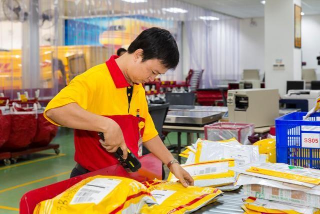 DHL vừa ra mắt dịch vụ chuyển phát hàng theo yêu cầu