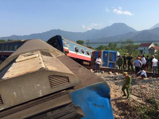 Hiện trường vụ tai nạn tàu hỏa tại Huế làm 3 người thiệt mạng tại chỗ