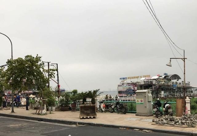Quận Tây Hồ thực hiện cưỡng chế, giải tỏa nhà nổi, du thuyền trên Hồ Tây vào sáng 23/2