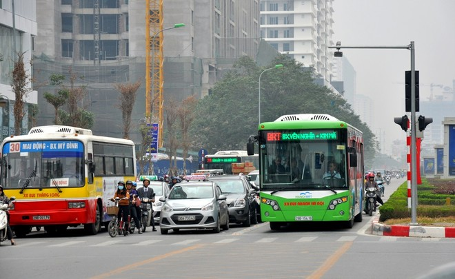 Xe buýt thường sẽ được đi vào làn xe buýt nhanh BRT