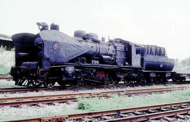 Đầu máy xe lửa số hiệu 141 – 179 là 1 trong 3 đầu máy xe lửa được các kỹ sư Việt Nam thiết kế và sản xuất từ năm 1964 – 1970 (ảnh minh họa)