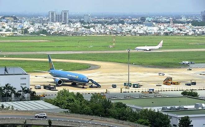 Đường lăn sân bay Tân Sơn Nhất