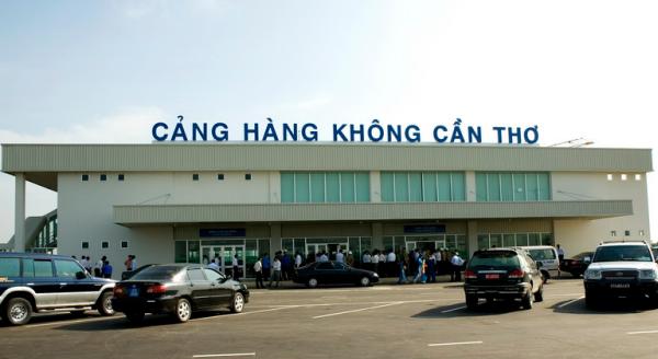 Một chuyến bay của Vietnam Airlines từ Hà Nội đi Cần Thơ đã phải hạ cánh ở sân bay quốc tế Phnompenh