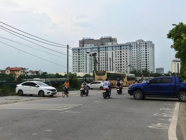 Công ty Đất Việt ngang nhiên tổ chức trông giữ xe dưới lòng đường