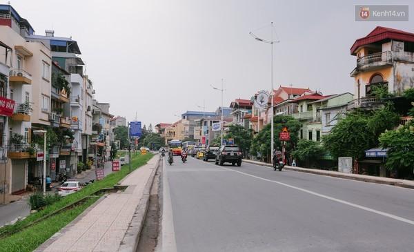 Hà Nội trình Chính phủ và các bộ, ngành xin tiếp tục thay thế đê đất bằng đê bê tông cốt thép, kết hợp mở rộng đường giao thông đê sông Hồng đoạn Âu Cơ