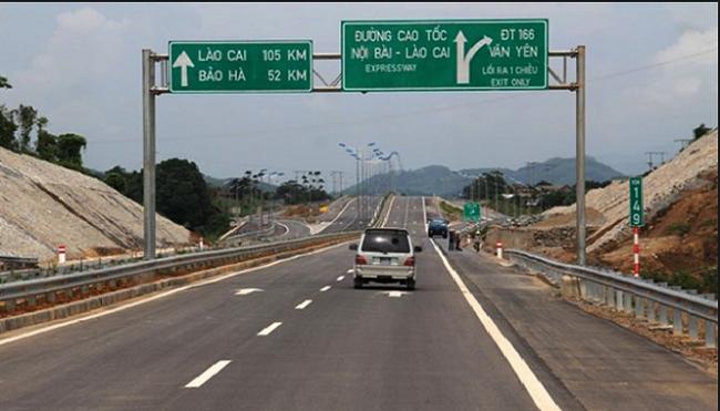 Do đường tạm thay thế cầu Ngòi Thủ bị hư hỏng, cao tốc Nội Bài- Lào Cai tạm dừng phục vụ xe tải trọng lớn
