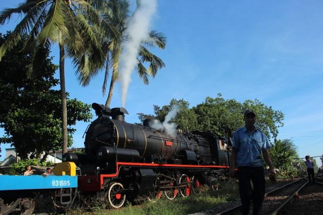 Đường sắt muốn tái hiện đầu máy hơi nước chạy đoạn Huế-Đà Nẵng để kéo khách