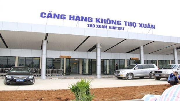 Ba nam thanh niên hành hung nữ nhân viên Vietjet tại sân bay Thọ Xuân đã bị cấm bay, đồng thời vụ việc đang được cơ quan Công an xử lý