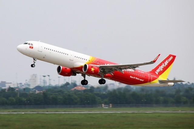 Một chuyến bay của Vietjet Air đi Vinh đã phải hạ cánh xuống Nội Bài, hành khách đã không hợp tác và gây rối