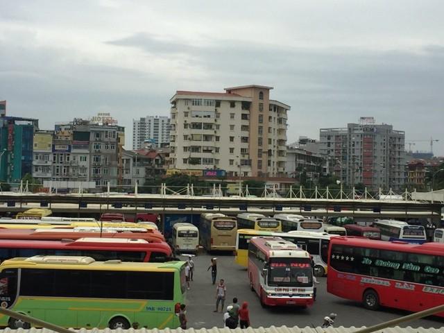 Các bến xe Hà Nội sẽ tăng cường gần 3.200 lượt xe để phục vụ khách đi lại dịp nghỉ Tết Dương lịch và Tết Nguyên đán 2019
