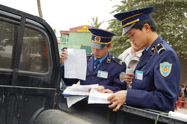 Lực lượng thanh tra GTVT sẽ xử lý nghiêm xe khách rùa bò, rà rê bắt khách, dừng đỗ sai quy định