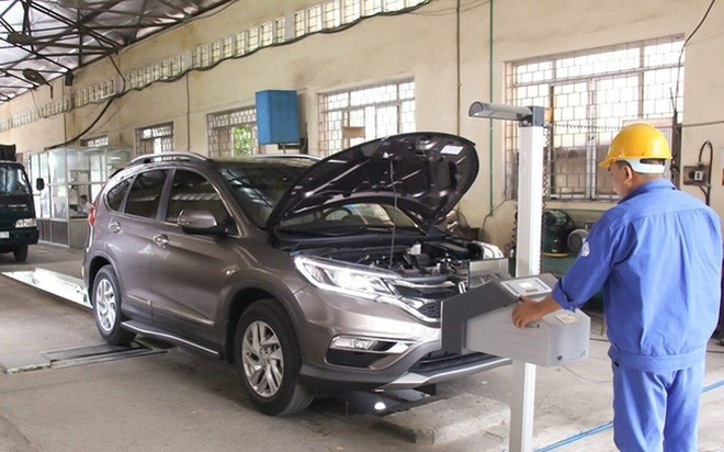 Khi mua xe cũ, lái xe nên kiểm tra kỹ thông tin về đăng kiểm trên website của Cục Đăng kiểm Việt Nam để tránh mất tiền oan