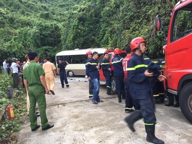 Hiện trường vụ tai nạn xe khách trên đèo Bạch Mã làm 18 người bị thương