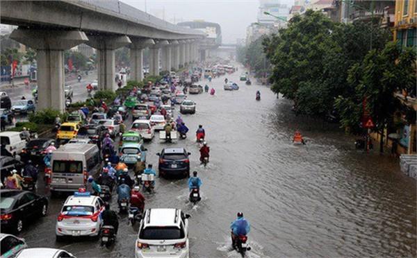 Hà Nội đề phòng mưa lớn, gây ngập một số tuyến phố