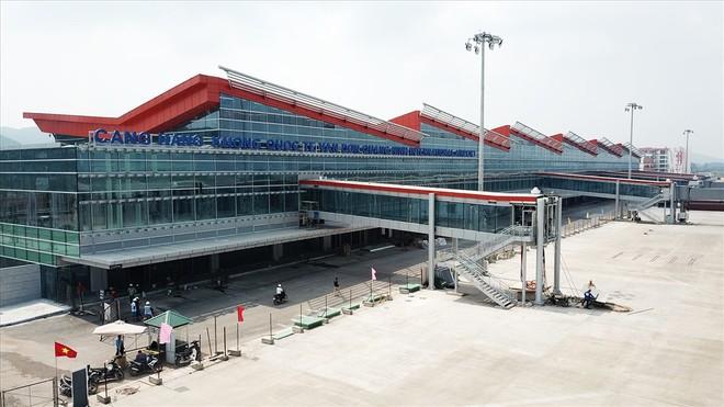 Bộ GTVT chưa cho phép các hãng hàng không ngoại bay đến sân bay Vân Đồn được tiếp tục chở khách đến điểm khác