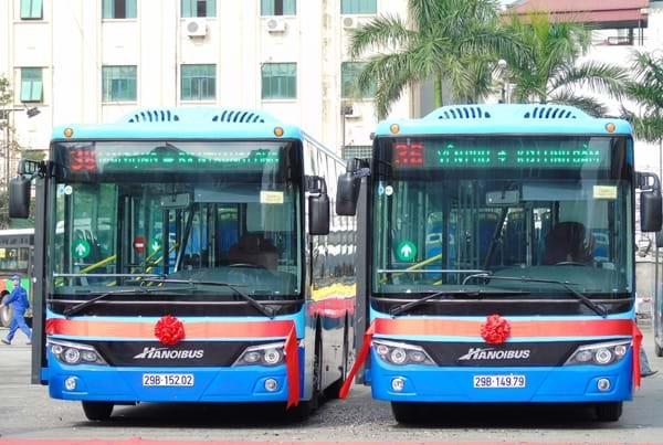 Xe buýt vẫn là chủ lực trong hệ thống vận tải khách công cộng của Hà Nội trong nhiều năm tới