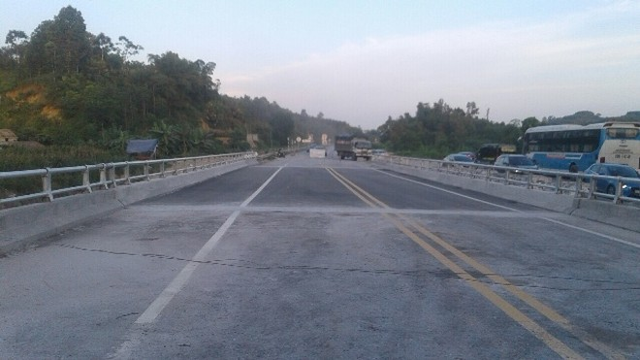Cầu Ngòi Thủ hiện đã được sửa chữa xong và thông xe vào chiều nay, 30/6/2019
