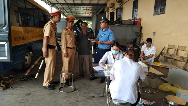 Lực lượng liên ngành Hà Nội đã kiểm tra đột xuất, phát hiện nhiều trường hợp lái xe dương tính với ma túy