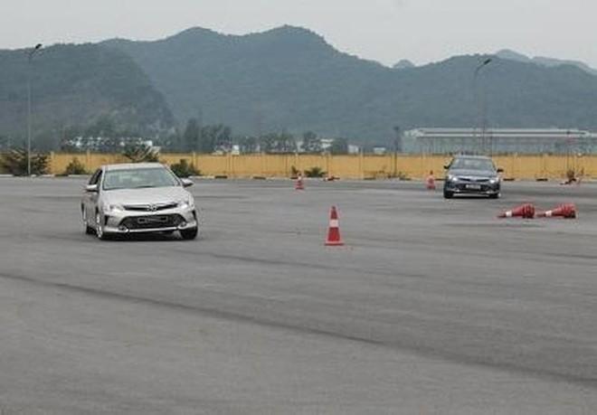 Hà Nội điểm mặt nhiều trung tâm đào tạo lái xe chui