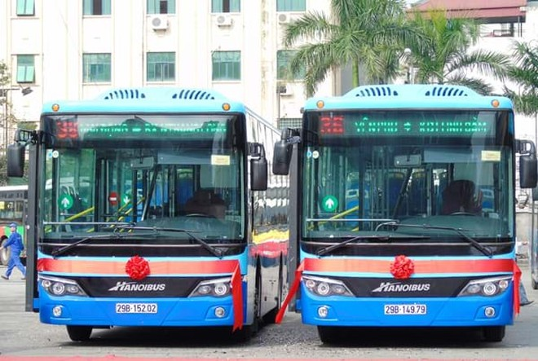 Làn đường dành riêng cho xe buýt là cần thiết, nhưng chỉ một vài tuyến cũng khó giúp đổi thay toàn cục