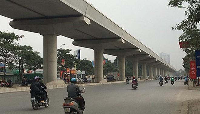 Bắt đầu lắp đặt thang máy, thang cuốn tại các nhà ga đường sắt Nhổn- Ga Hà Nội