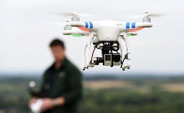 Hoạt động bay flycam không xin phép đang gây mất an toàn hàng không