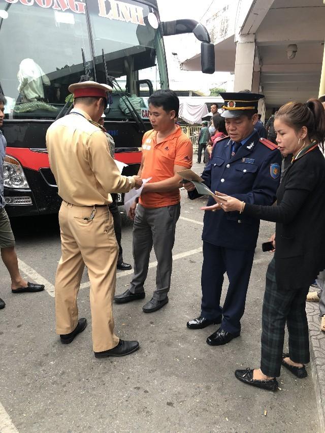 Kiểm tra sức khỏe lái xe đối với lái xe khách tại bến Giáp Bát