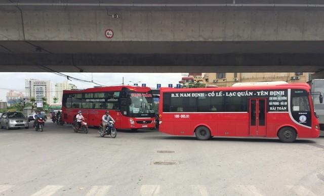 Nút giao Pháp Vân- Giải Phóng với cao tốc Pháp Vân- Cầu Giẽ thường xuyên trong cảnh ùn tắc do lưu lượng phương tiện đông đúc