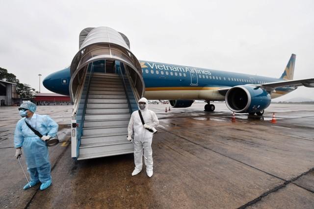 Các chuyến bay từ Hàn Quốc về đều được Vietnam Airlines khử trùng