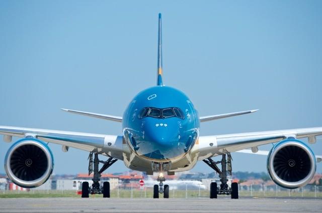 Vienam Airlines vừa quyết định tạm dừng bay đến Pháp, dừng khai thác đến Malaysia do Covid-19