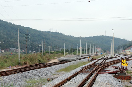 Siêu dự án đường sắt Yên Viên- Hạ Long đang dở dang, gây lãng phí lớn