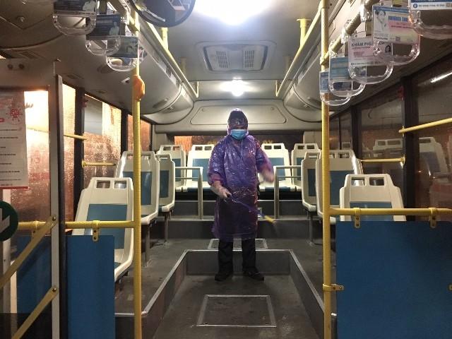 Xe buýt được thường xuyên được Transerco phun khử trùng để phòng ngừa Covid-19