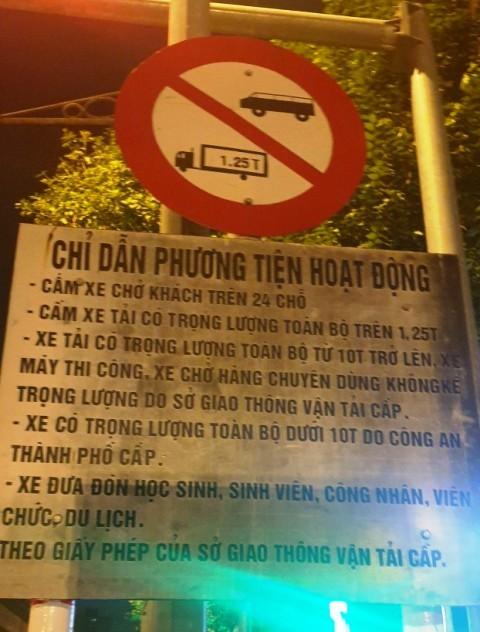 Phố Trần Phú, Hà Đông cấm xe tải trọng lớn hoạt động